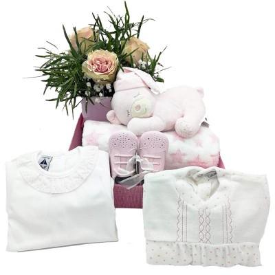 Canastilla y flores para mamá