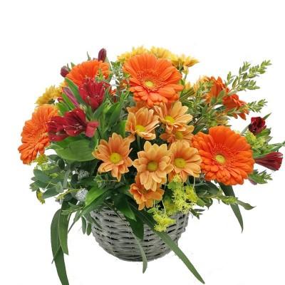 Cesta de flores naranjas